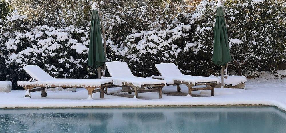 Comment mettre ma piscine enterrée en hivernage actif ?